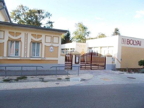 Borító kép a Győri SZC Bolyai János Általános Iskola intézményről